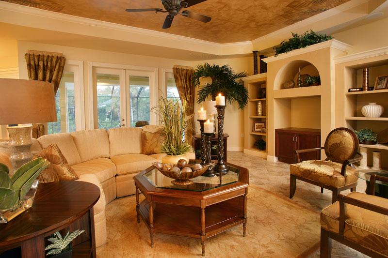 useppa-living-room-1_6031293578_o