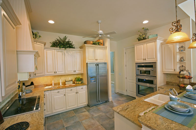 plantation-model-kitchen_6031273864_o