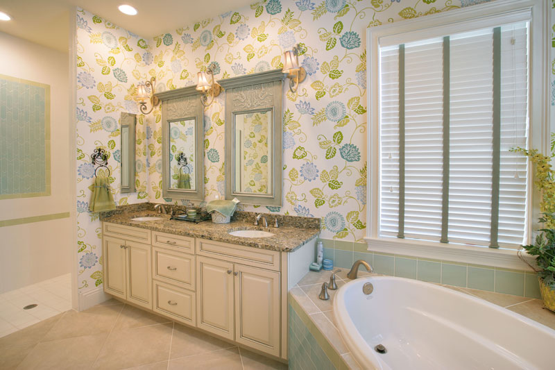plantation-model--master-bathroom_6030716901_o