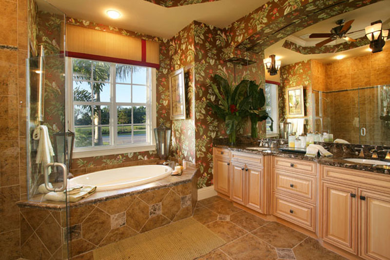 river-orange-master-bathroom_6031284614_o