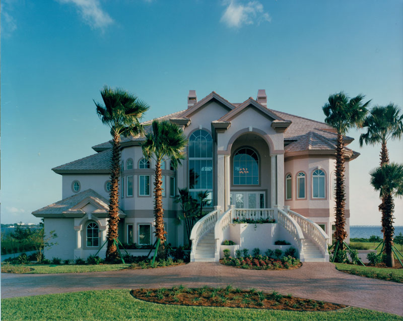 riverfront-estate-exterior_6030684081_o